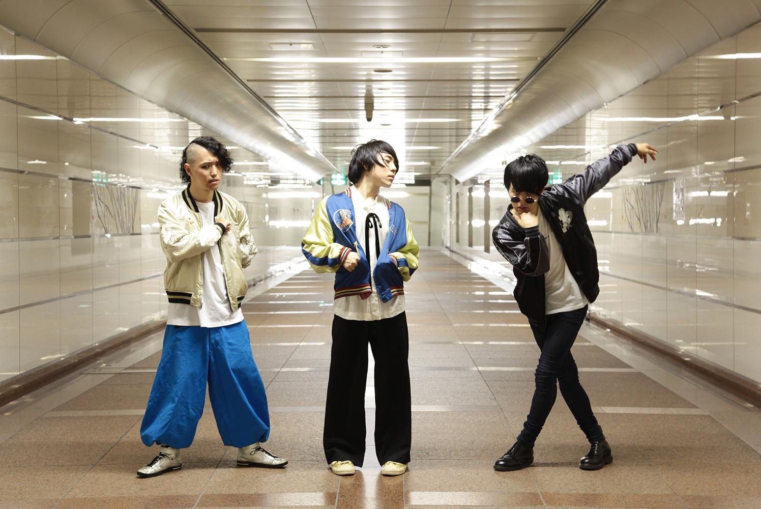 『もょもと』レコ発ツアーを10月より開催決定!新アーティスト写真も公開!